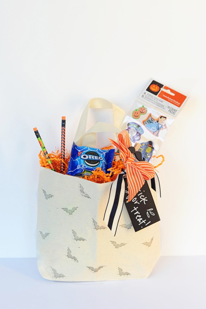Quick and Easy DIY Stamped Halloween Trick or Treat Tote Bag