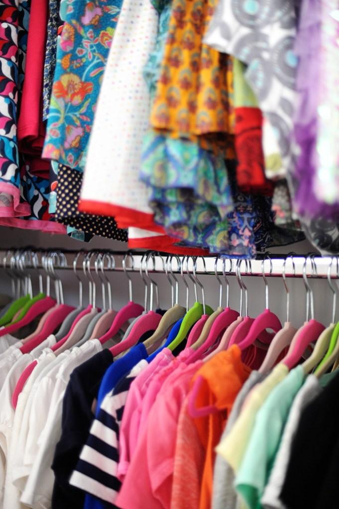 the best way to organize a closet