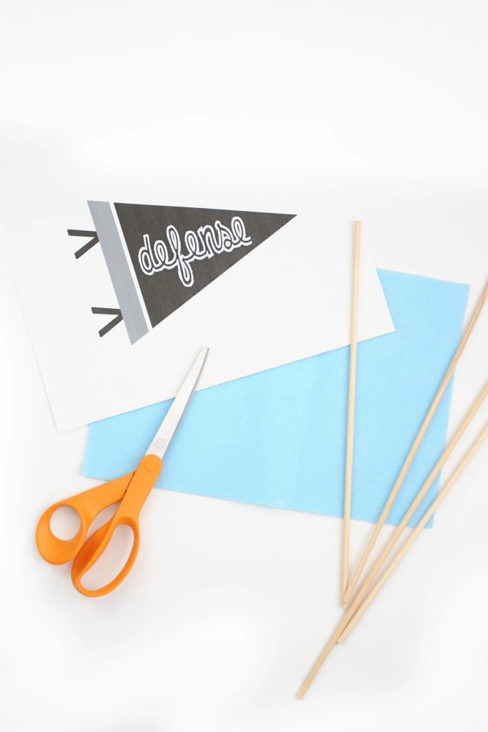DIY Mini Felt Pennant Banner Tutorial