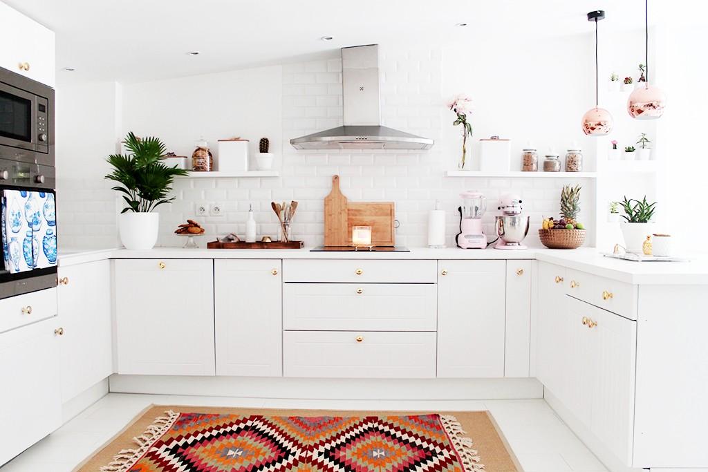 white kitchen makeover
