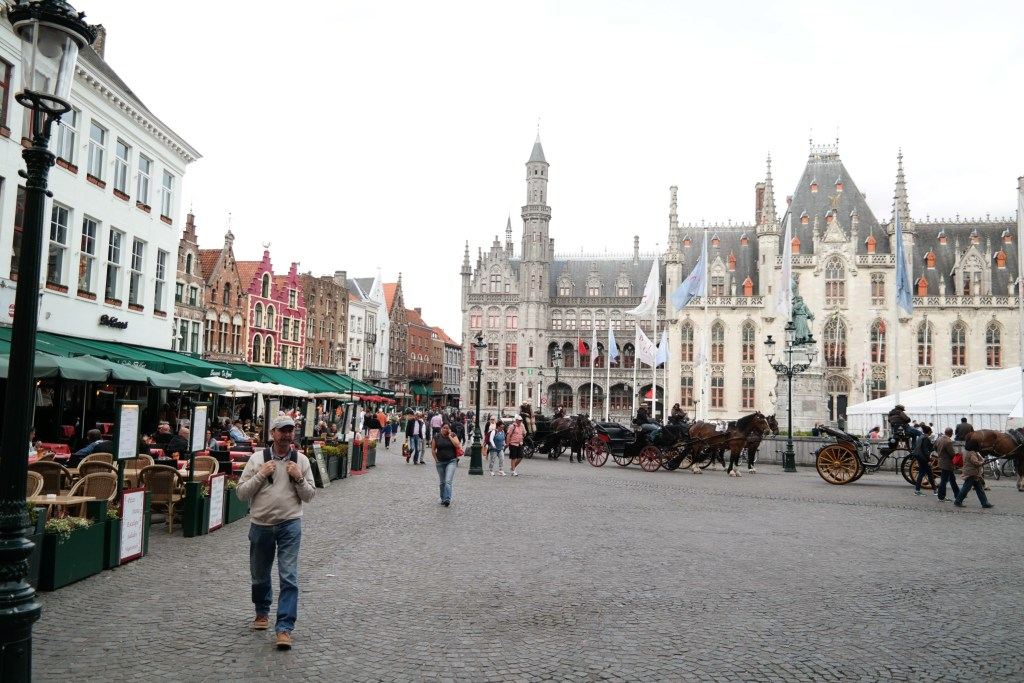 where to stay in bruges
