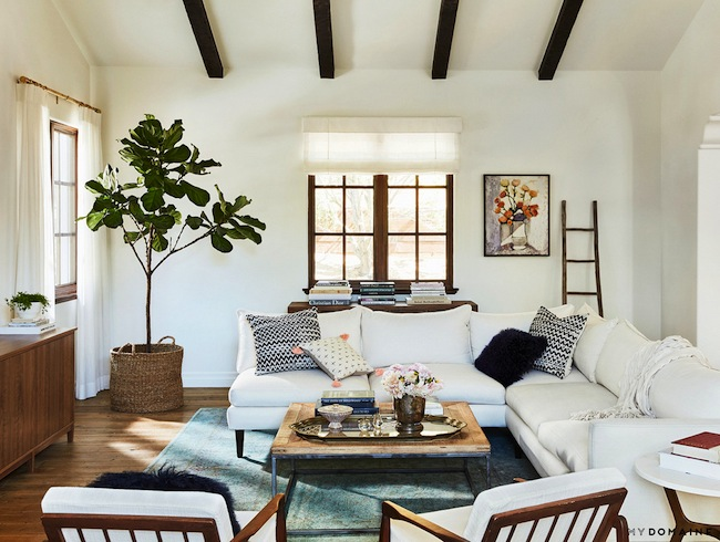 Lauren conrads home family room