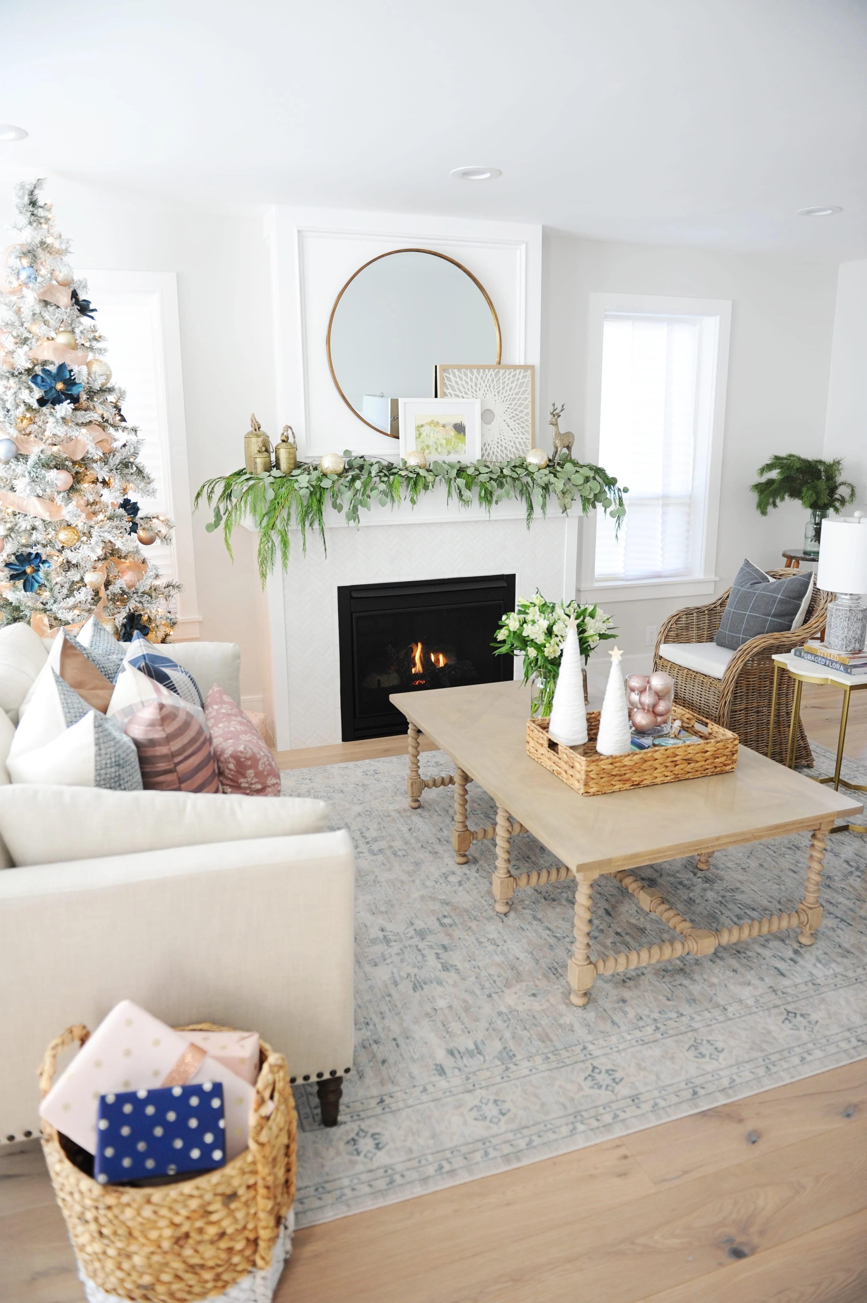Christmas living room decorating ideas 3