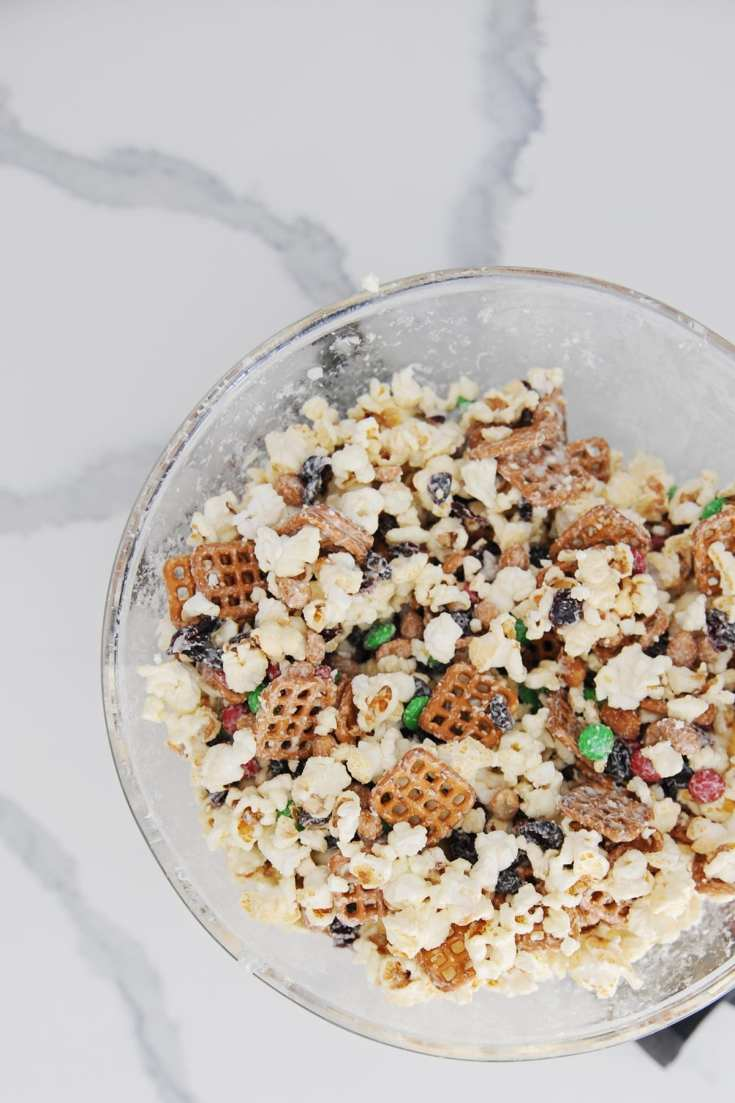 Easy party popcorn mix
