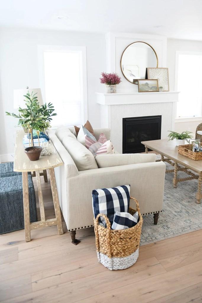 Spring Home Decor – 30 Beautiful Ideas