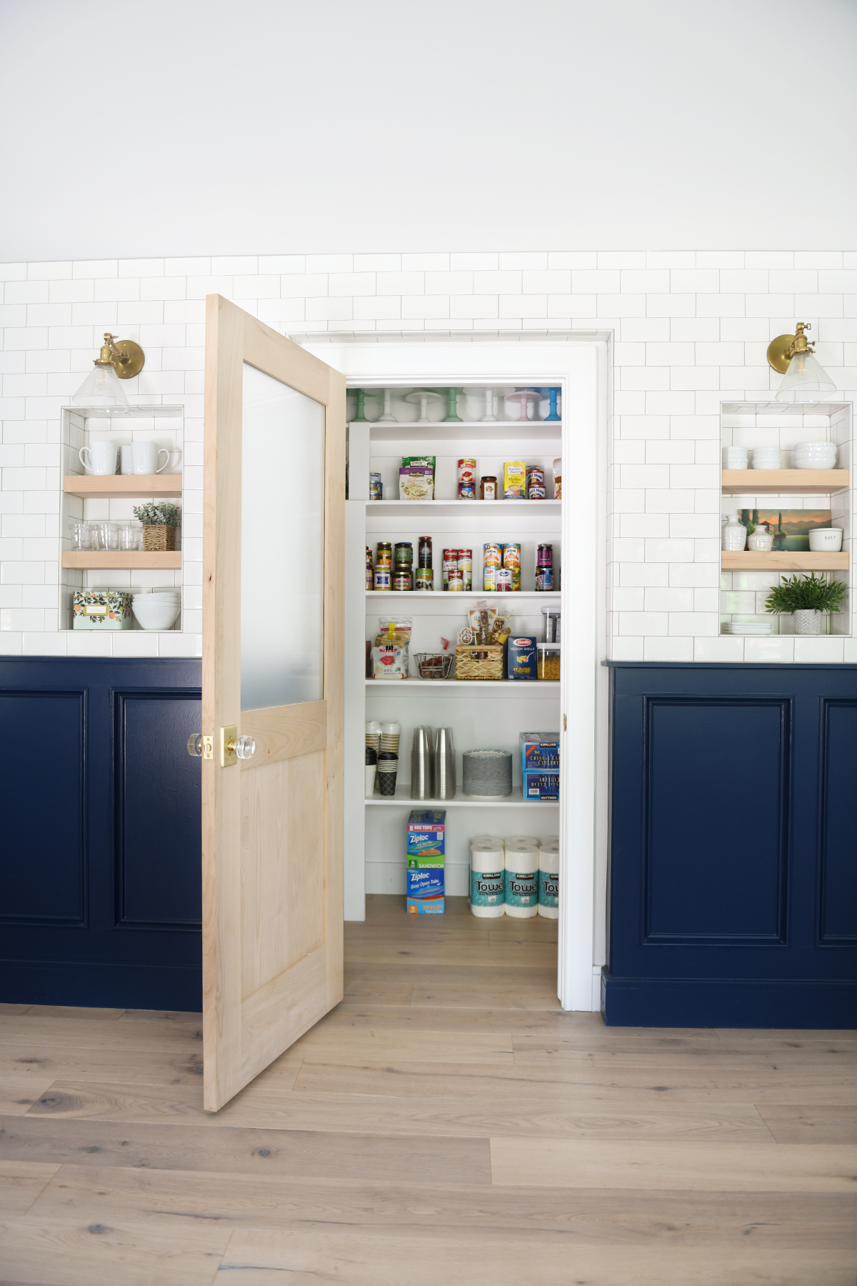 picture of a pantry