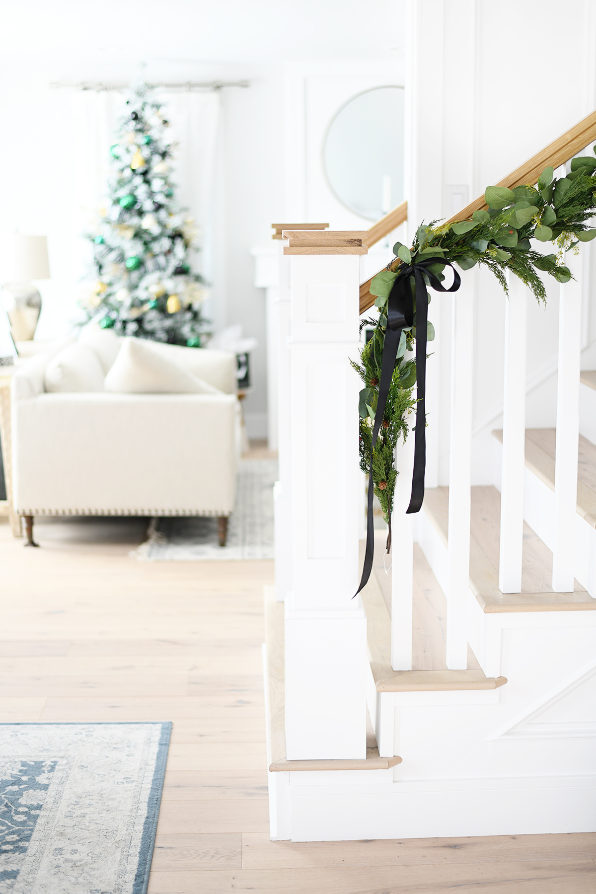 Christmas entry way decorating ideas diy 4