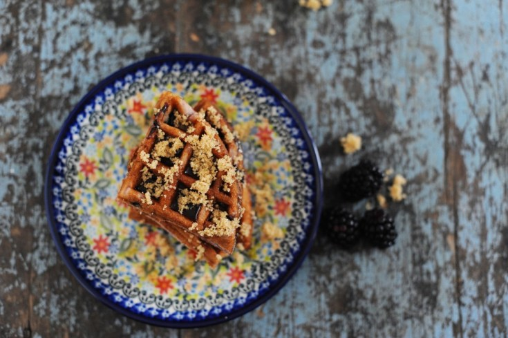 Delicious blueberry crumble waffles recipe 1024x681 1