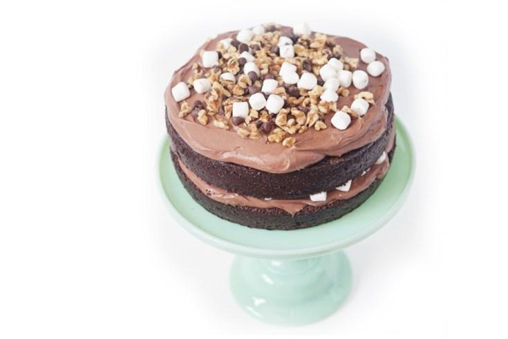 Rocky road cake 1024x682 1