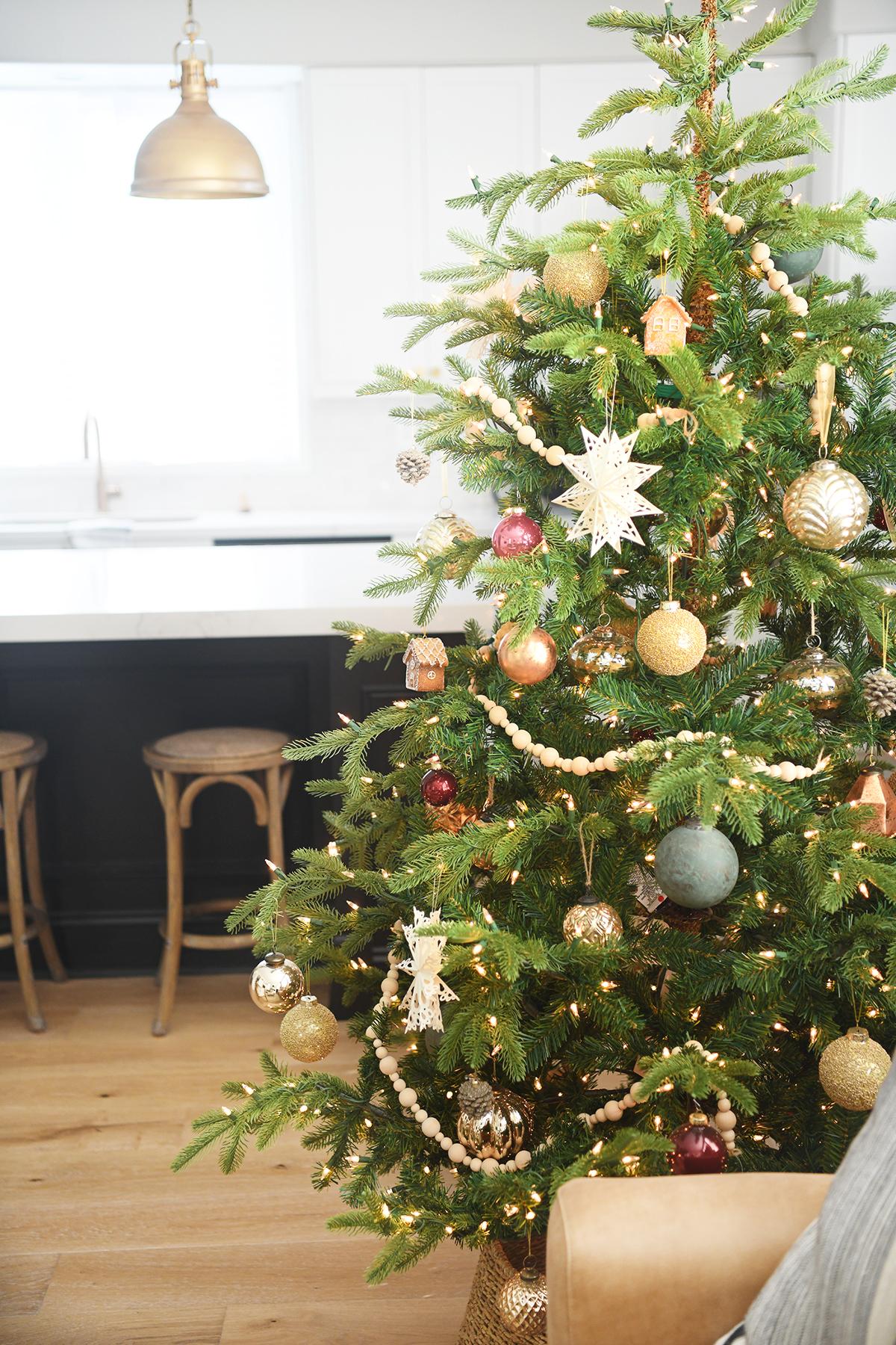 Christmas tree decor 3
