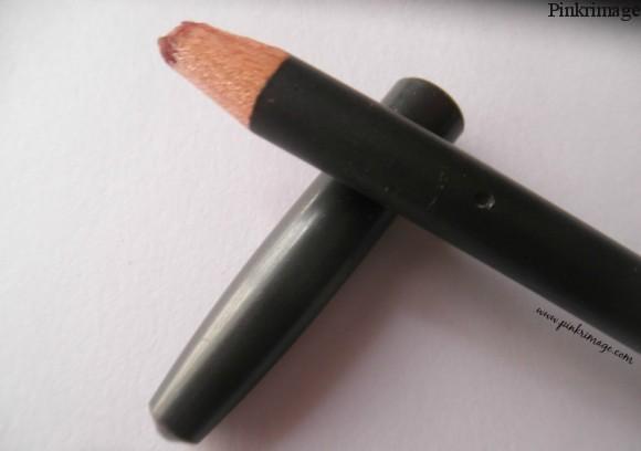 MAC Soar Lip Pencil swatches