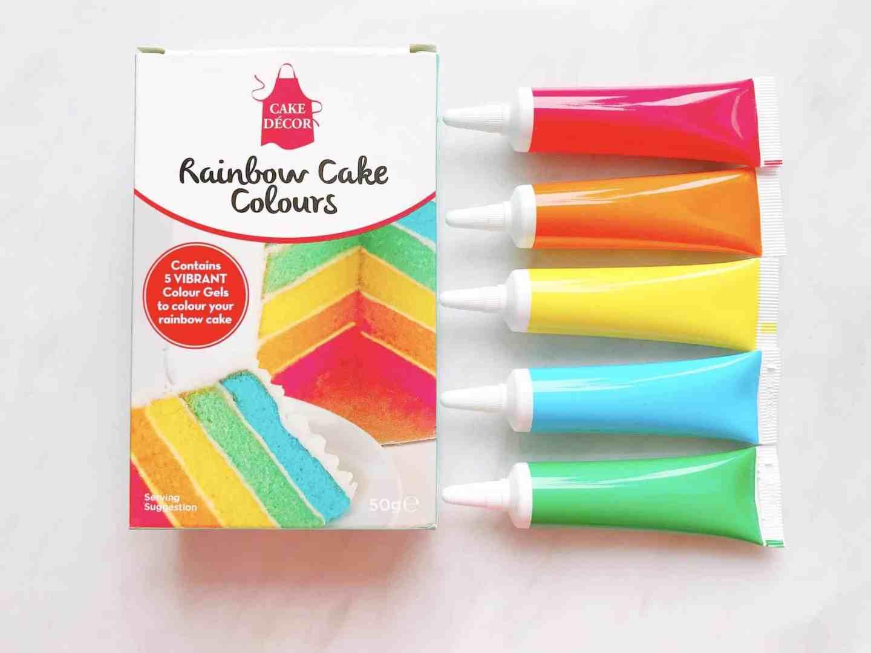 Rainbow food colour to make a rainbow cake