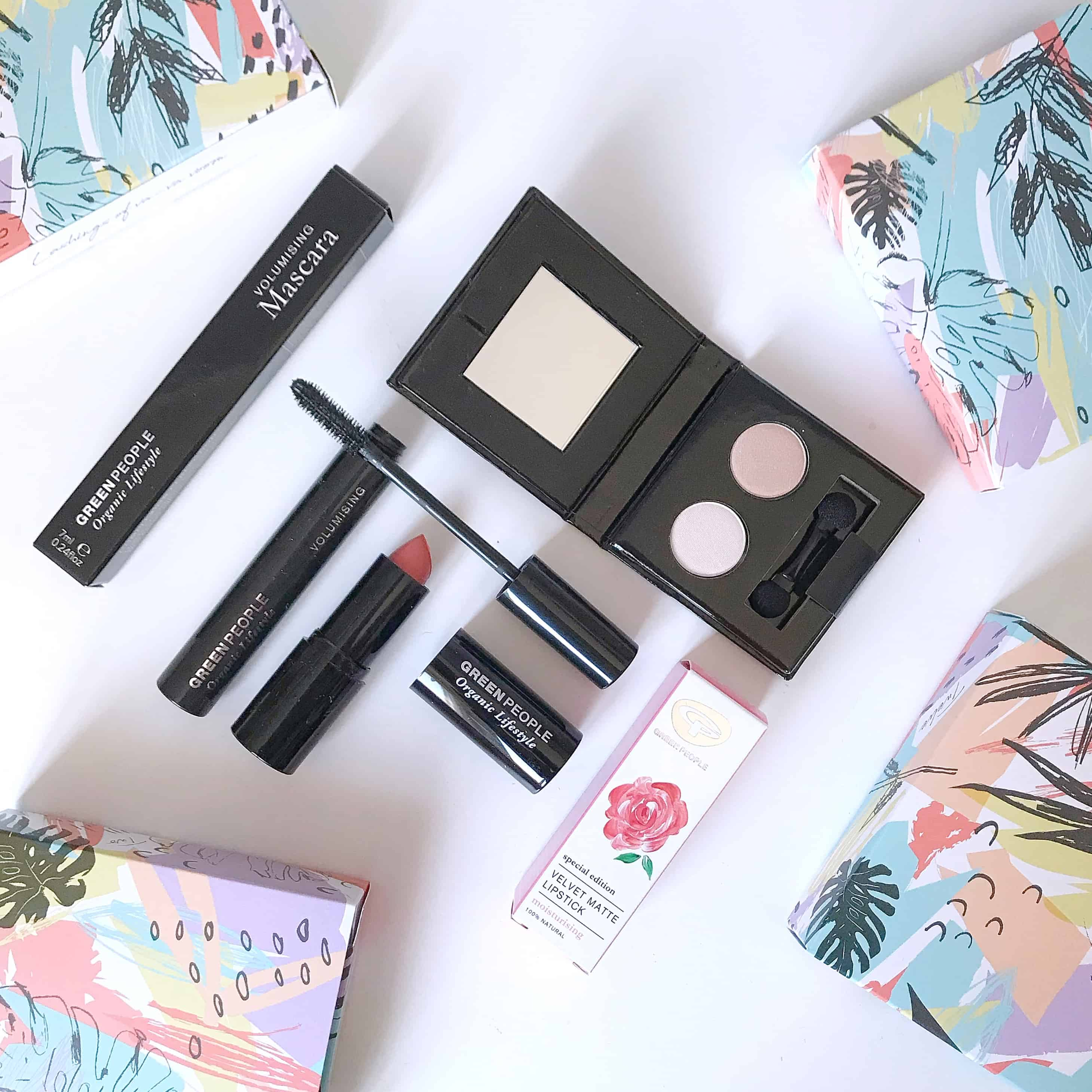 Organic make-up from Green People in their Green Regime Beauty Advent Calendar