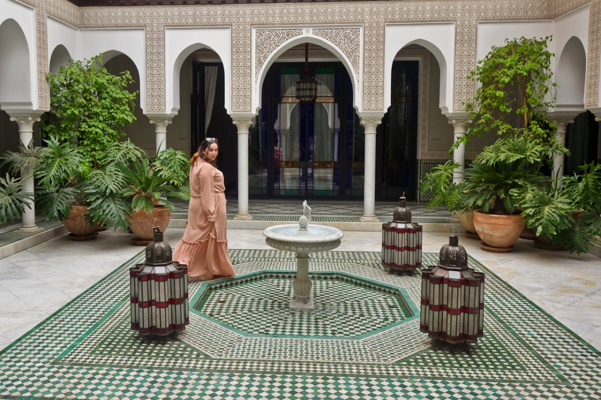 pinkschmink in the spa courtyard at La Mamounia hotel, Marrakech