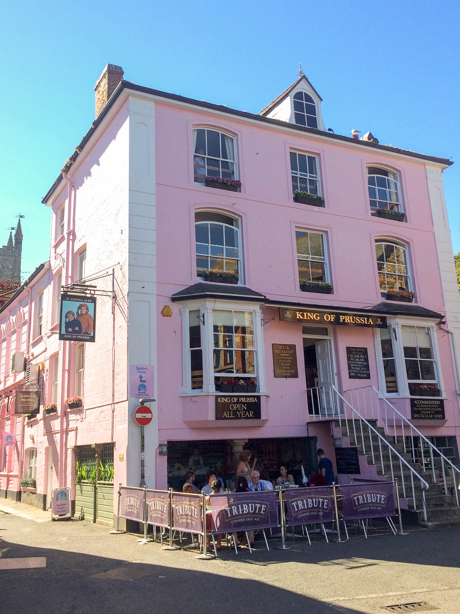 The pink King of Prussia pub in Fowey, Cornwall