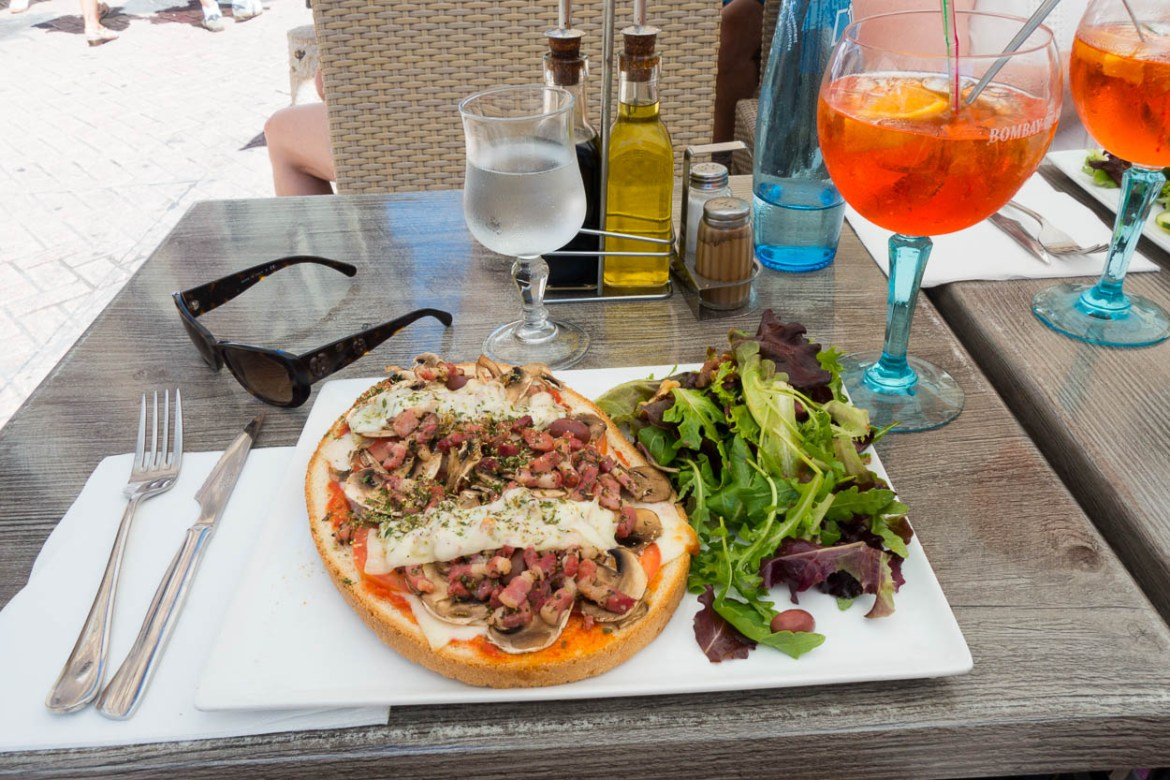 Bruschetta and Aperol spritz at a pavement cafe in Antibes