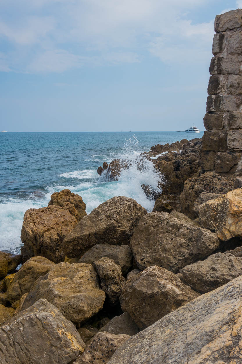 Waves crashing against the ramparts, Antibes