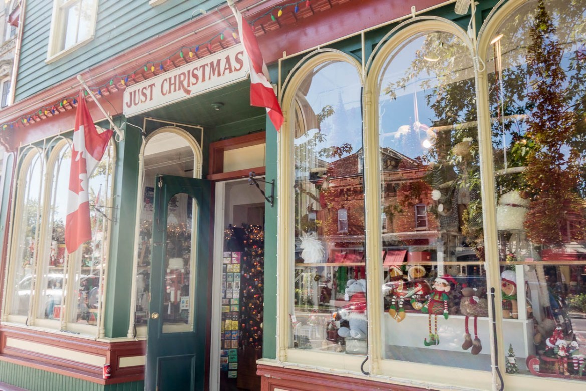 Christmas shop, Niagara-on-the-Lake
