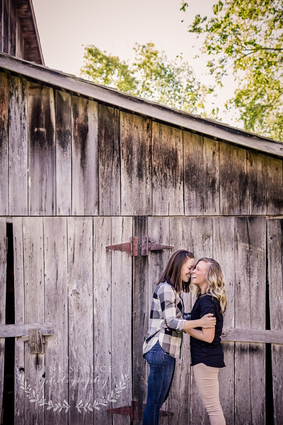 Norskedalen Engagement Session | Coon Valley, WI | Pink Spruce Photography