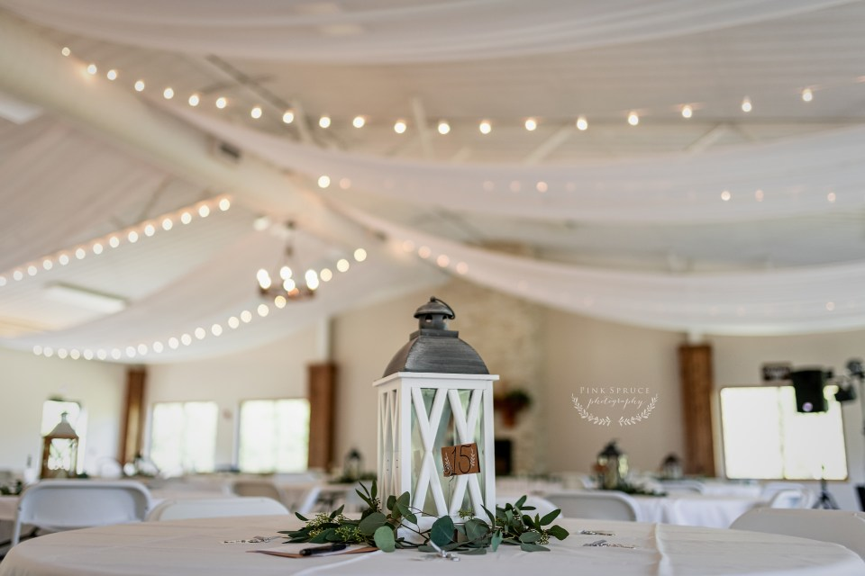 Wedding Table Decor at Winnebago Springs · McKennah + Jacob | Caledonia MN Wedding Photographer