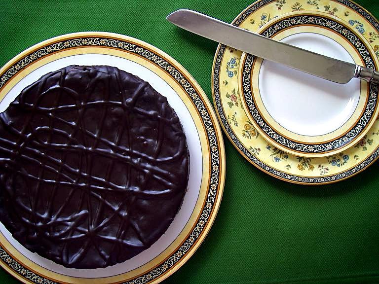 choc-amaretti-torte