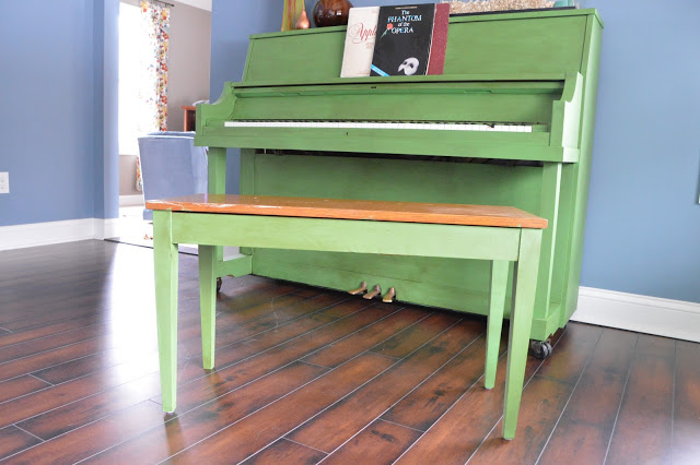 Green painted piano annie sloan chalk