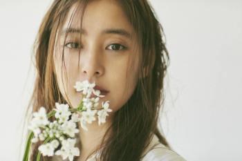 【日娛】新木優子2018年日曆發售~ 既美麗又可愛,讓人太嫉妒了啦~