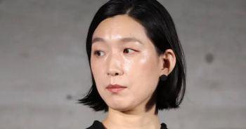 連續遭多位知名女演員拒絕,江口德子卻一口答應主演電視劇「SUPER RICH」。