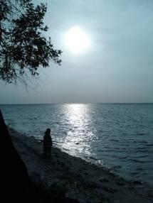 Menanti Sunset Tanjung Barat Tidung