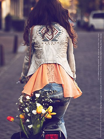 Free-People-January-2013-Catalog-12