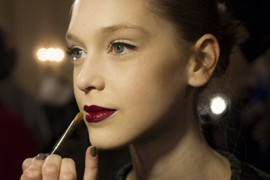 Bold lips From Zac Posen RTW Fall 2013 (A prediction for Anne)
