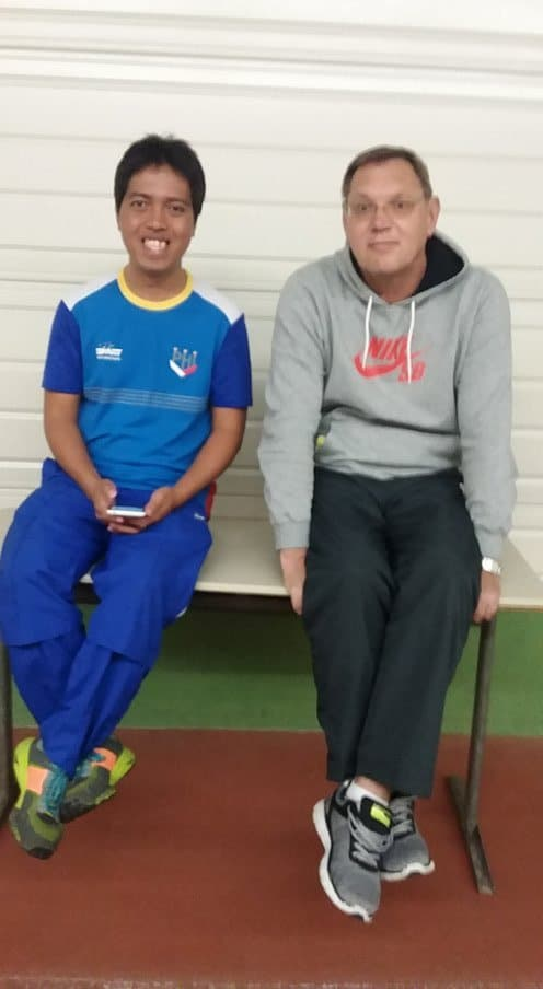 Language is not a barrier for these two coaches as they exchanged views related on training.