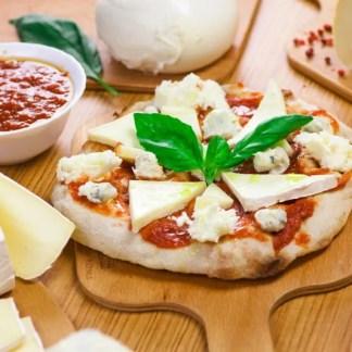 pinsa-cuatro-quesos