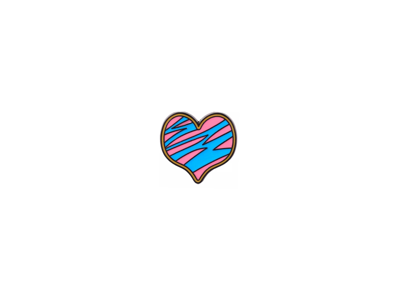 pin's coeur rayé