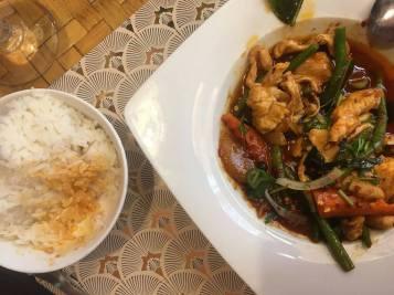 Sauté pate de curry rouge - Bol d'Or Montpellier