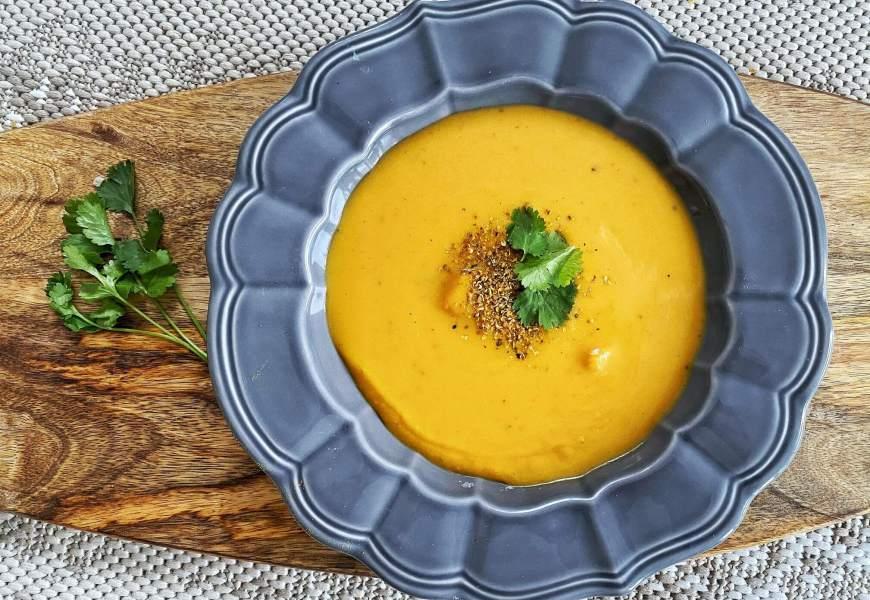 RECETTE // Velouté de butternut, curry & coco