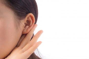 cara mengeluarkan air dari telinga