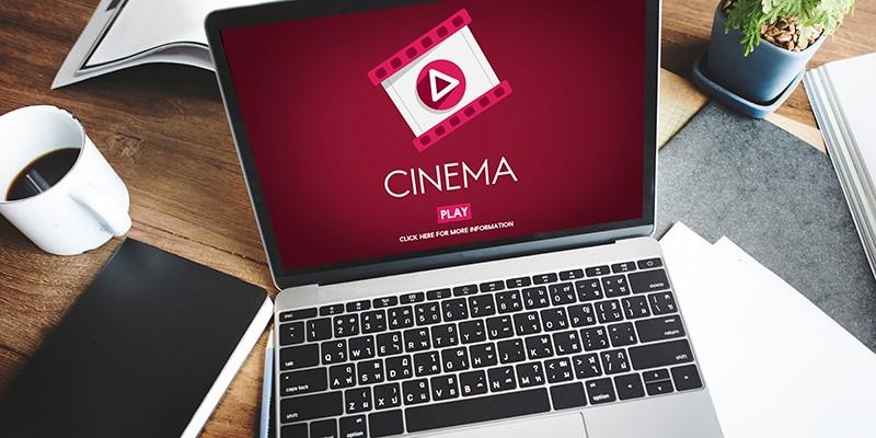 Aplikasi TV Indonesia Ditonton Melalui Smartphone
