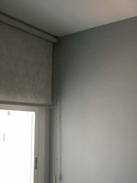 Plastico Color gris claro y gris oscuro 2