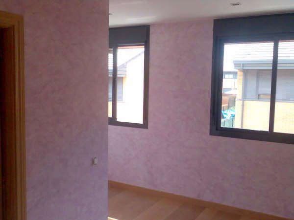 Dormitorio pintado en Tierras Florentinas Morado - Pinturas Urbano