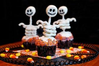 dicas-doces-decoracao-festa-halloween-fiesta-de-los-muertos-comidas-petiscos-mesas-preparativo-maquiagem-artistica-pintura-facial-by-gladis (2)