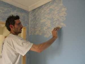 Tierrras florentinas blancas con fondo azul