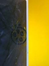 Muestras Estuco Negro y Amarillo con Escudo Flash (12)