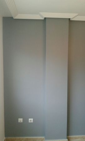 Salon Sideral S-500 Blanco roto y Esmalte Pymacril Gris Oscuro (1)