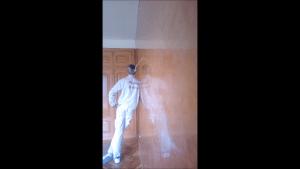 Estuco veneciano espatuleado con veteado - Reflejos