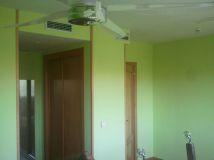 dormitorio verde oscuro y verde claro 10