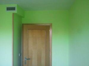 dormitorio verde oscuro y verde claro 8