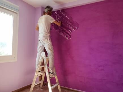 Aplicando Estuco Marmoleado Violeta (4)