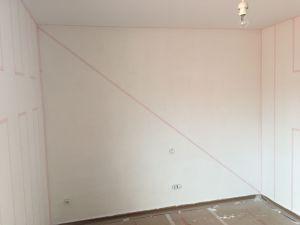 Colocación de cinta tesa rosa sobre lineas (4)