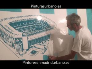 Instalando Vinilo Santiago Bernabeu 5